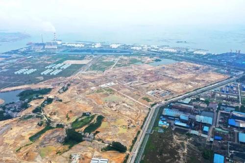 广西华谊新材料20万吨/年双酚A项目EPC总承包合同签约赛鼎